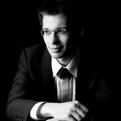 Jozef Janik Pianist in the UK
