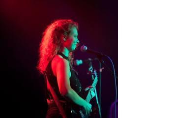 Olivia Deane Singer in Birmingham