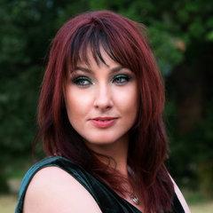 Anna Neale Guitarist in London