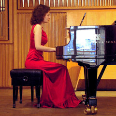 Julia Chernyavsky Pianist in Manchester