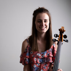 Bethany Nicholson Cellist in the UK