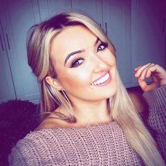 Olivia Grace Wood Singer in Manchester