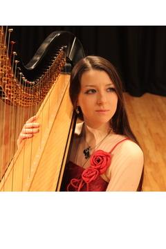 Amy Turk Harpist in London