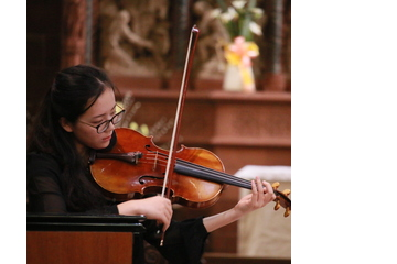 Yue Yu Viola Player in Coventry