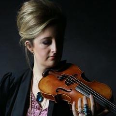 Laura McKinlay Violinist in Edinburgh