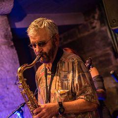 Bill McRae Singer in Edinburgh