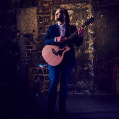 Gordon Robertson Singer in Edinburgh