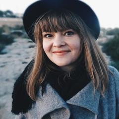 Aleksandra Wyzgol Singer in Edinburgh