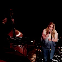 Under Streetlight Jazz Band in Reading
