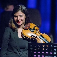 Elvira Vucurevic Violinist in the UK