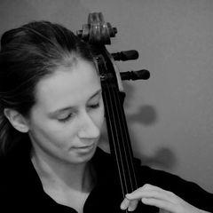 Ruth Friedlander Cellist in Bristol