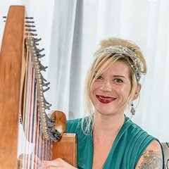Allegra Mullaney Harpist in the UK