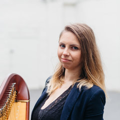 Natasha Gale Harpist in Worcestor