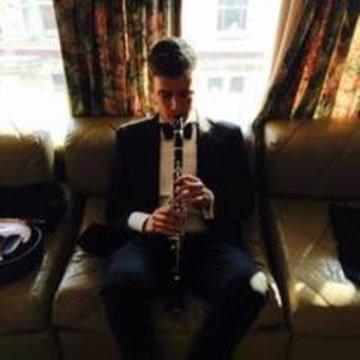 Greg Hearle's profile picture