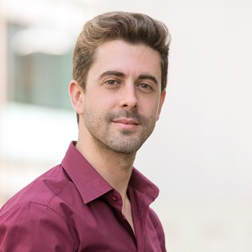 Antonio Oyarzabal's profile picture