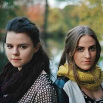 Jenna Moynihan & Mairi Chaimbeul's profile picture