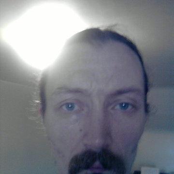Robert Henderson's profile picture