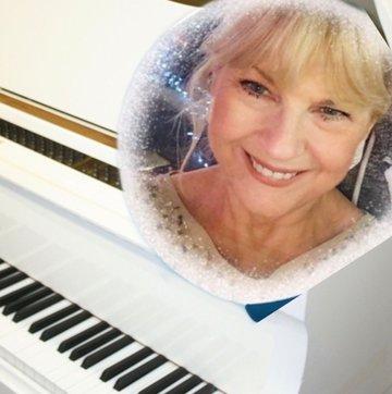 Lynne Fox Vintage SwingSinger 's profile picture