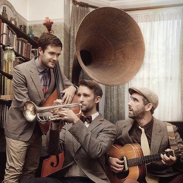 Silver Stage Swing Trio's profile picture