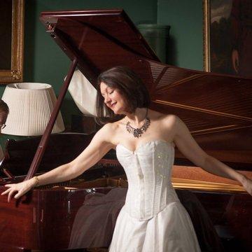Fiona-Jane Weston's profile picture