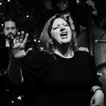 Rosie Holman's profile picture