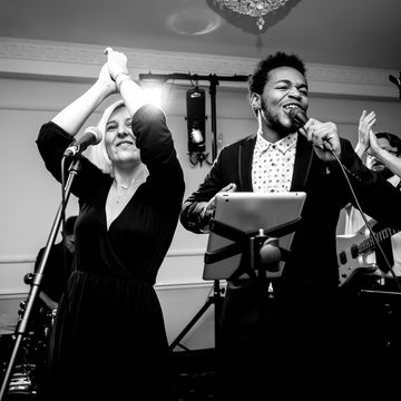 Bloomsbury 3 - 12 Piece Function Band's profile picture