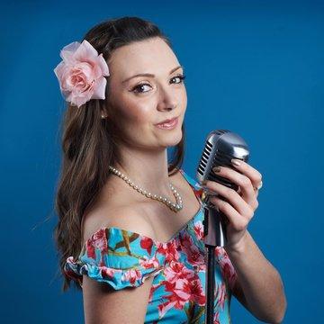 Jen Merchant's profile picture