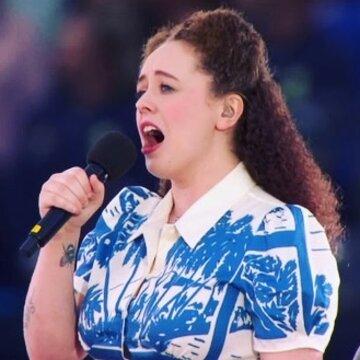 Samantha Oxborough's profile picture