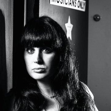 Noa Alvarez jazz vocalist and band's profile picture