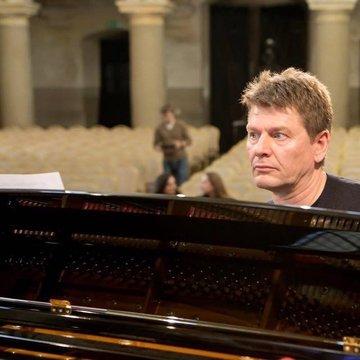 Jazz Pianist Aurelius Sciuka's profile picture