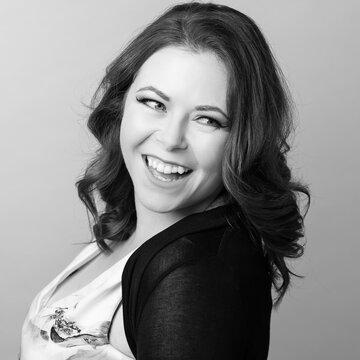 Caroline Carragher's profile picture