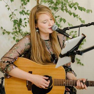 LaurasPaperHeart's profile picture