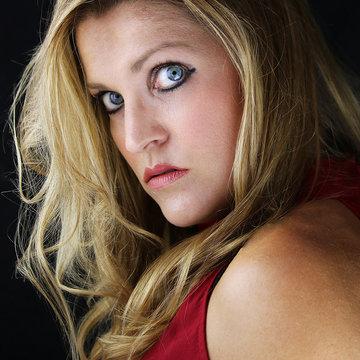 Nikki Aston's profile picture