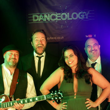 Danceology Band's profile picture
