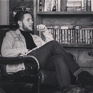 Elliot Oakley's profile picture