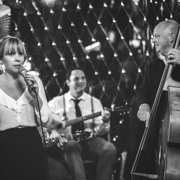 Sara Sings Jazz's profile picture