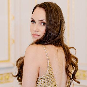 Claire Louise's profile picture