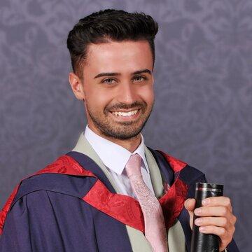 Zak Hassan's profile picture