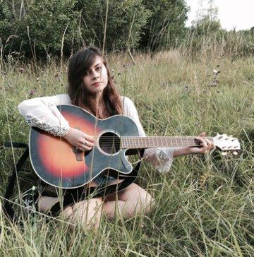 Lucy Bernardez's profile picture