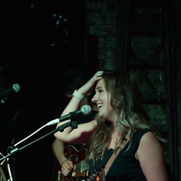 Zoe Newton's profile picture
