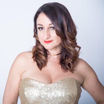 Simone Kaye - solo singer 's profile picture