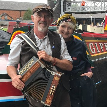 DryWood Folk Duo's profile picture