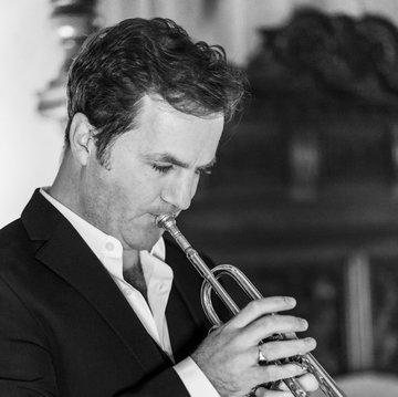 Simon Desbruslais 's profile picture