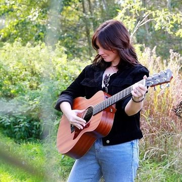 Carly Tucker 's profile picture