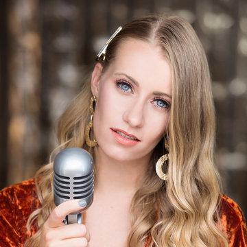 Hannah Kiss Vocalist's profile picture
