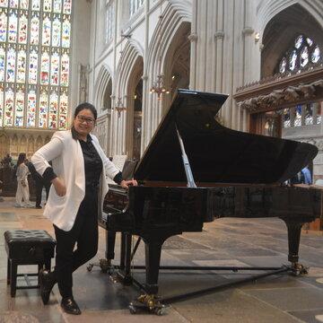 Violet Wong's profile picture