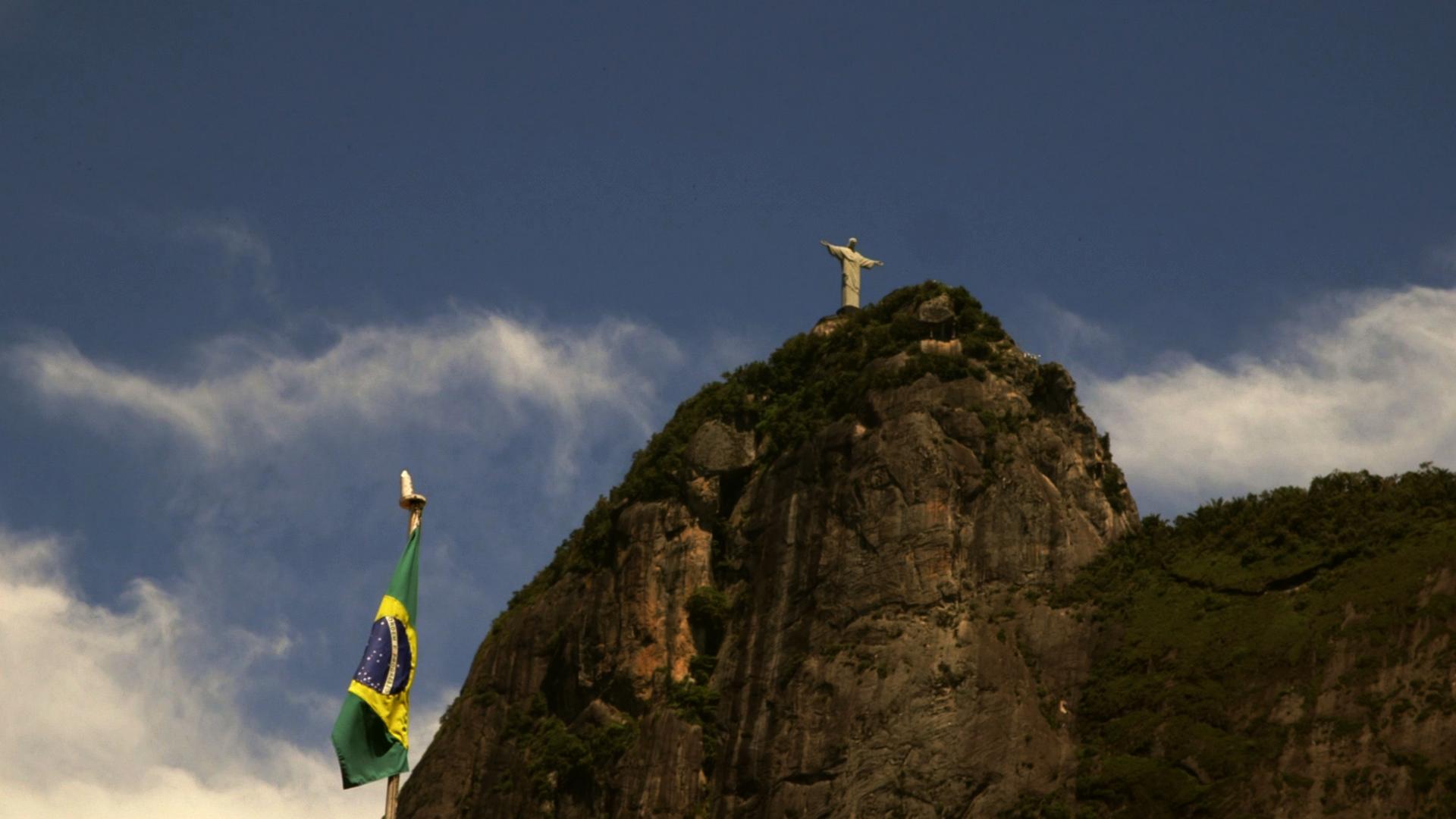 Enacantado, le Brésil désenchanté