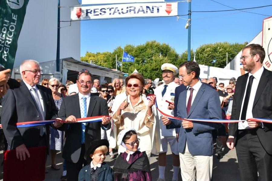 Inauguration de la Foire des Minées en présence de Madame Roux