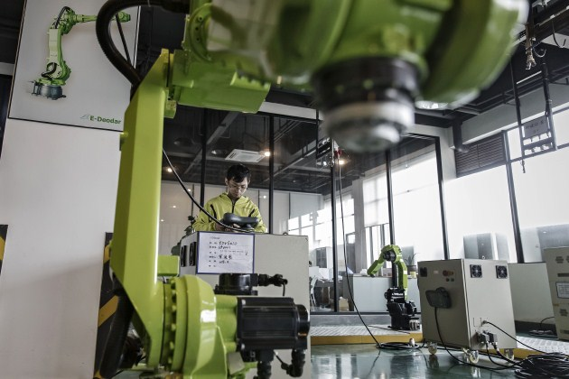 These Countries have the Greatest Density of Robot Workers