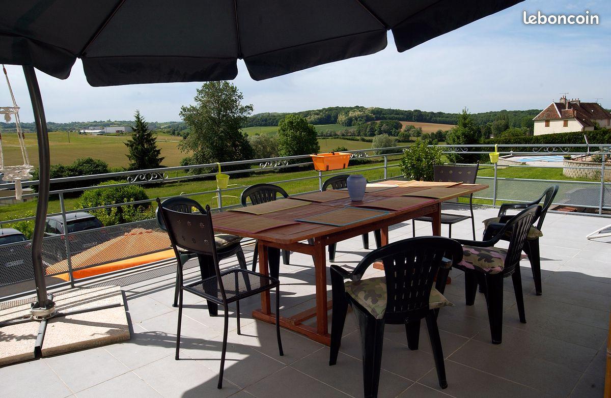 Pelousey, charmant F3 avec deux belles terrasses
